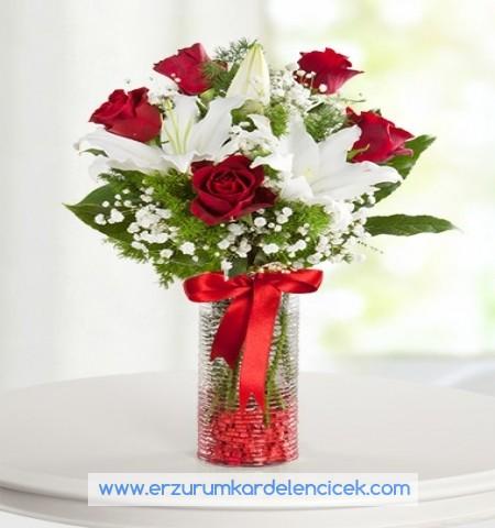 Erzurum Çiçek GÖZDE GÜZEL LİLYUMLAR VE GÜL
