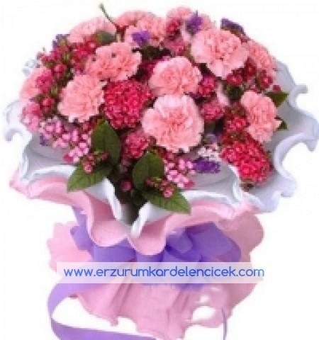 Erzurum Çiçekçi RENGARENK KARANFİL BUKETİ