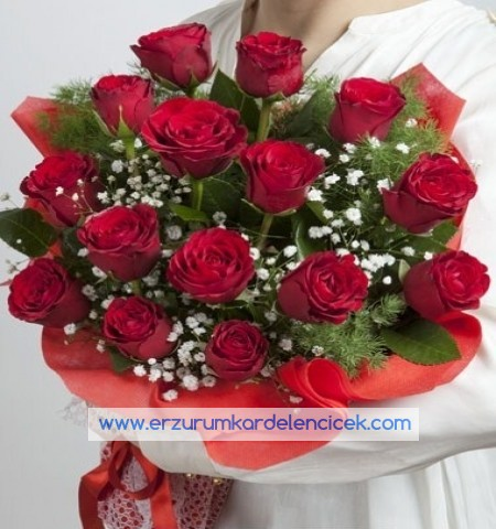 Erzurum Çiçek BİRİCİK AŞKINIZA 15 ad KIRMIZI GÜL