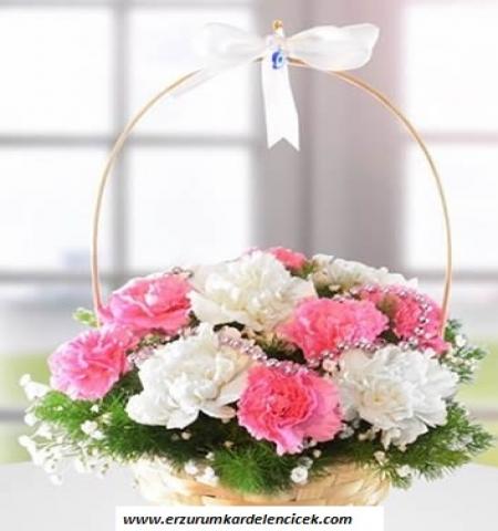 Erzurum Çiçek pembe beyaz karanfil sepeti
